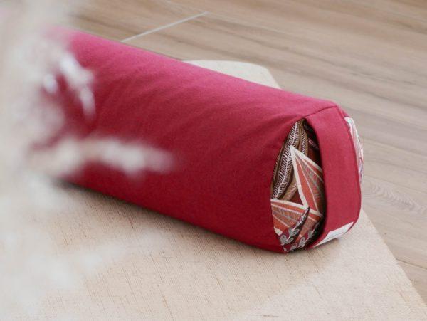 Les Barbaries _ traversin de yoga _ coussin de yin yoga _ bolster écoresponsable