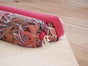 Les Barbaries _ traversin de yoga _ coussin de yin yoga _ bolster _ cousu main en france